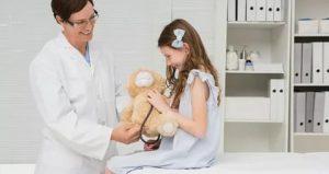 Расскажет ли гинеколог родителям?