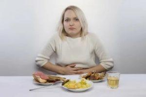 Сижу на диете из-за лямблиоза, начались боли в желудке, в чем причина?