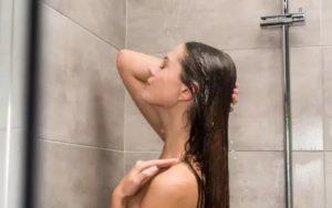 Стоит ли перед сексом и до него принимать душ?