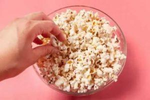 Можно ли есть домашний попкорн беременным?