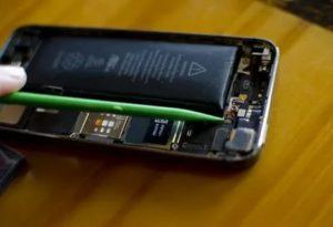 Что делать, если в холтере батарейка садится, менять?