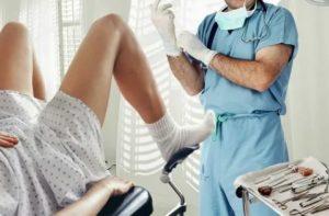 Не опасен ли осмотр на кресле при ранних сроках беременности?
