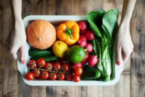 Можно ли есть мясо одновременно с овощами?