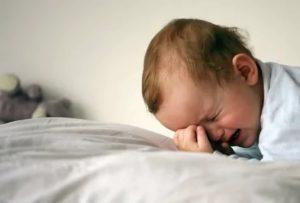 Ребенок плачет по ночам