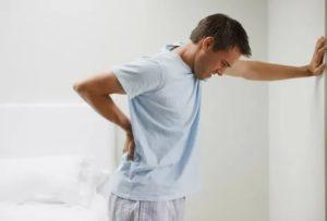 Первая в жизни задержка, болит спина