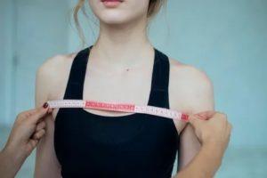Почему в 14 лет не растёт грудь?