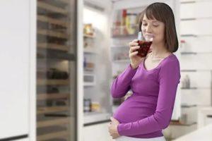 Можно ли пить колу во время беременности?